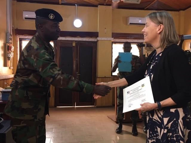 Armées de la République centrafricaine  - Page 10 _12f3247