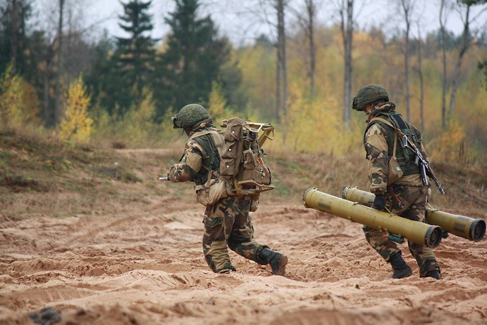 Armée Biélorusse / Armed Forces of Belarus - Page 7 _12f3720