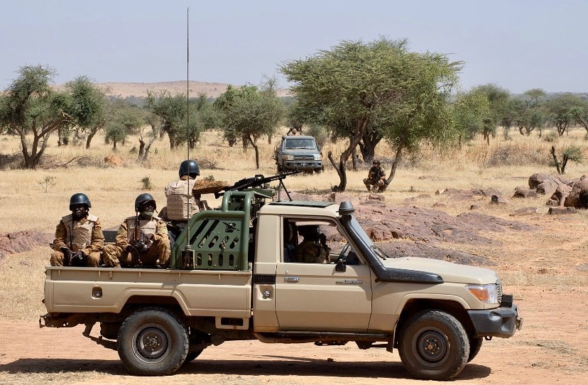 Armée nationale Burkinabé / Military of Burkina Faso - Page 5 _12f3787