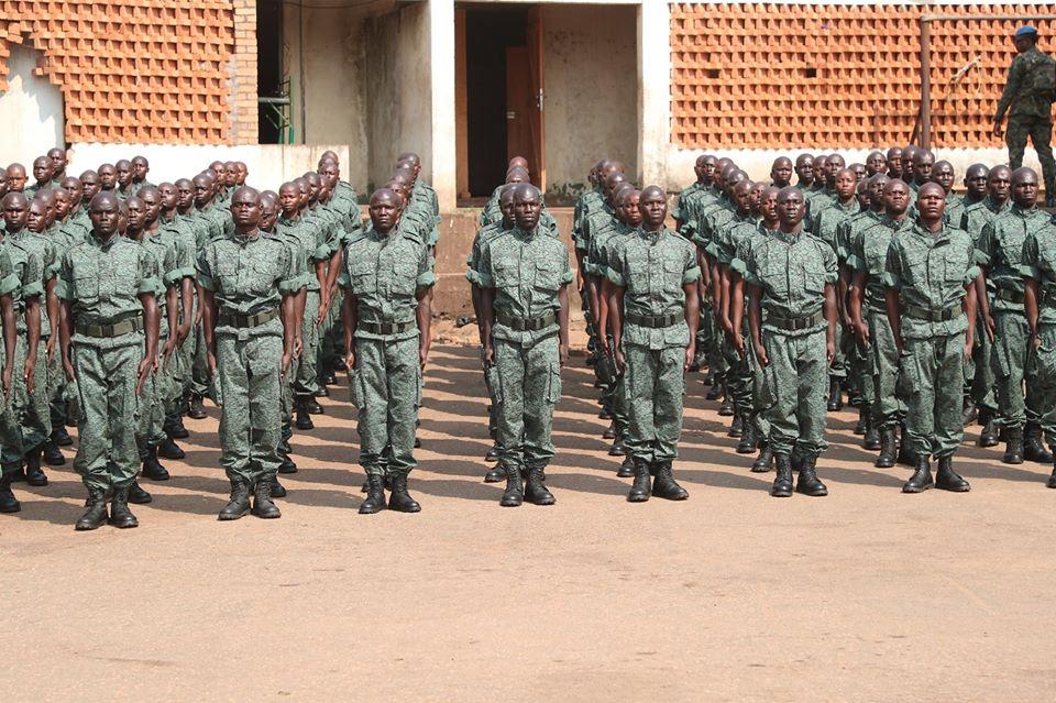 Armées de la République centrafricaine  - Page 10 _12f3a81