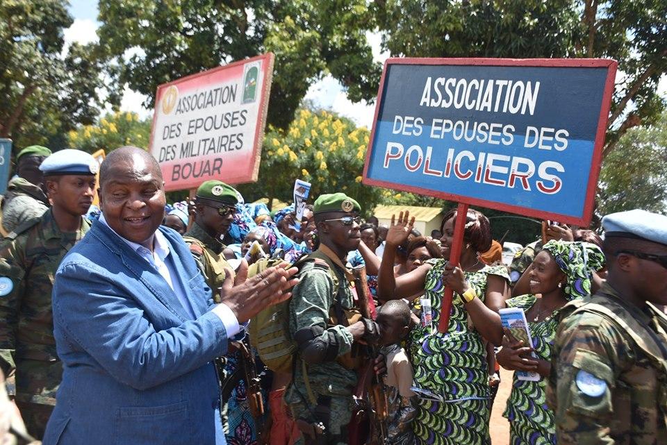 Armées de la République centrafricaine  - Page 10 _12f3b10