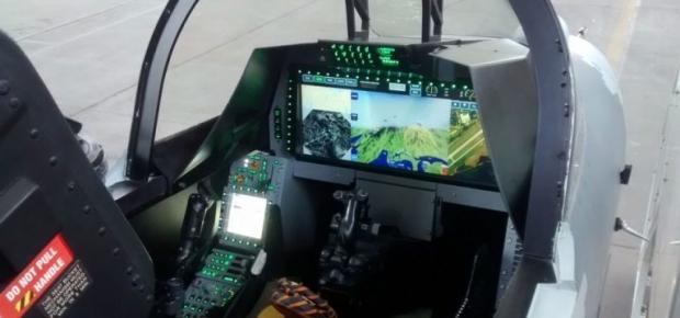 Saab: présentation du futur Gripen - Page 4 _12f3b39