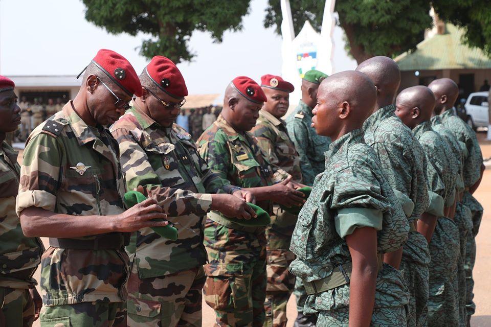 Armées de la République centrafricaine  - Page 10 _12f3b64