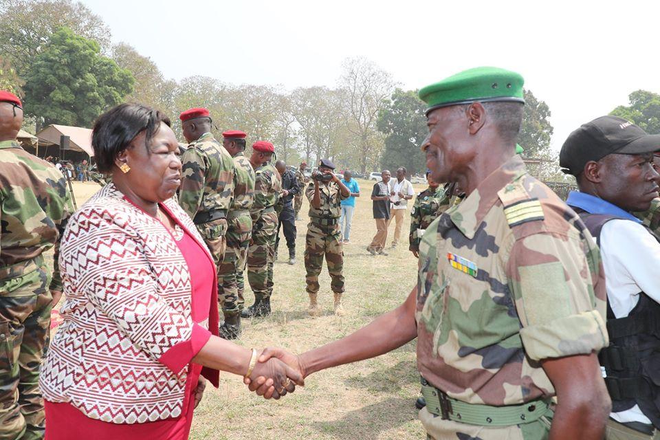 Armées de la République centrafricaine  - Page 10 _12f3c48