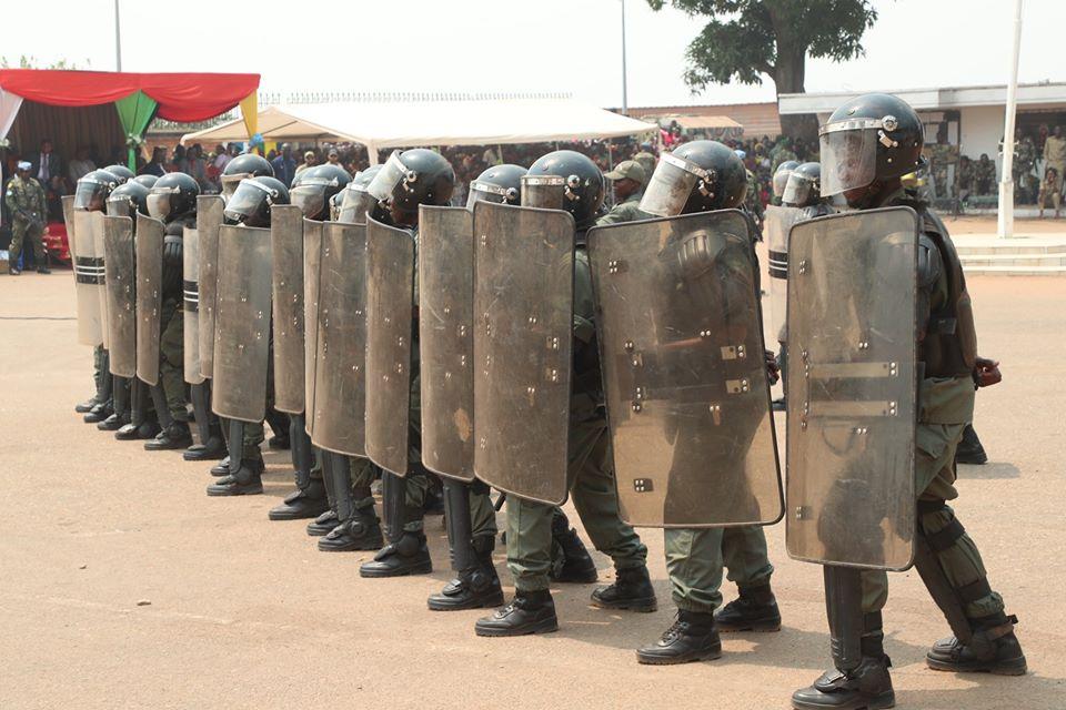 Armées de la République centrafricaine  - Page 10 _12f3c83