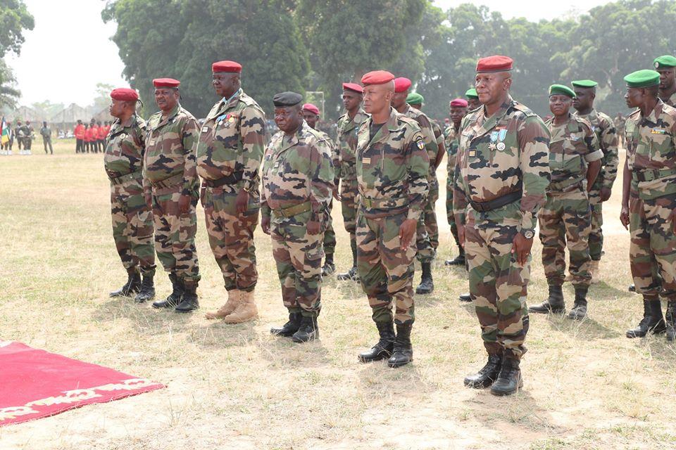 Armées de la République centrafricaine  - Page 10 _12f3d10