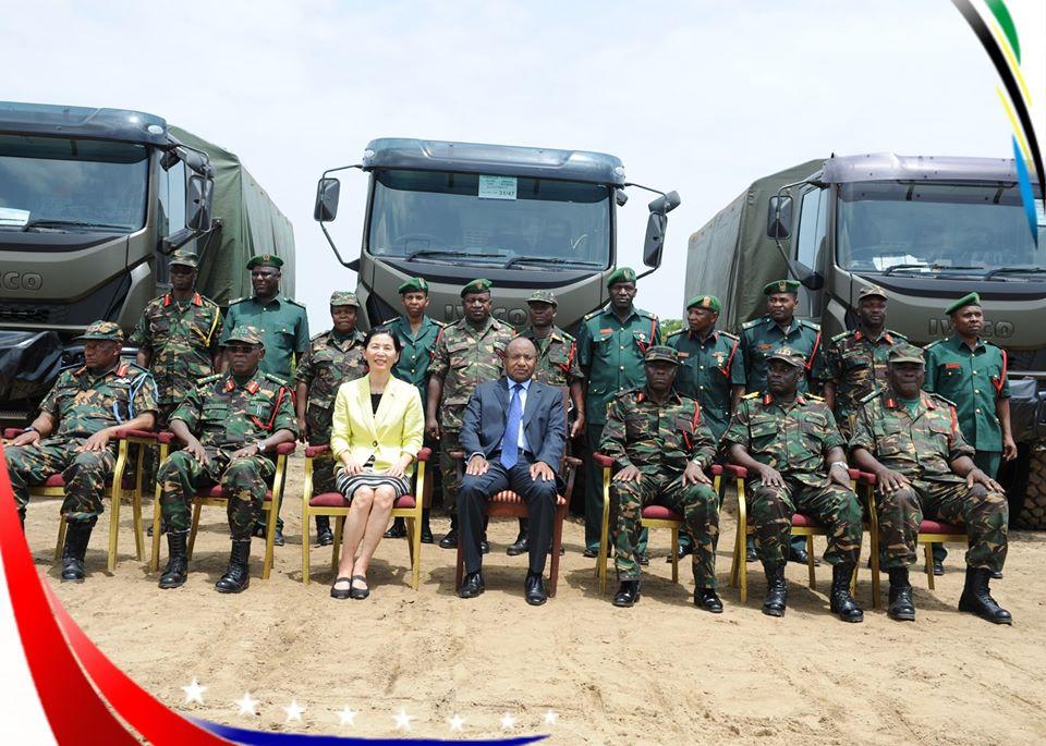 Armée tanzanienne / Tanzania Peoples' Defence Force ( TPDF ) - Page 2 _12f3d29