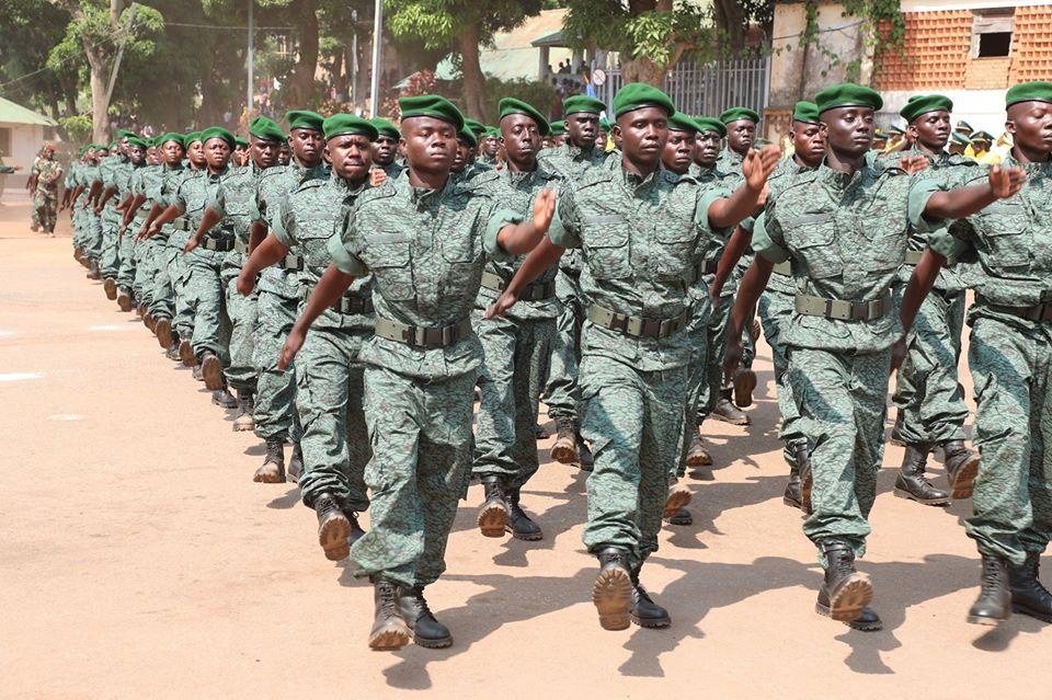 Armées de la République centrafricaine  - Page 10 _12f452