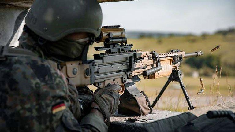 Armée Allemande (Bundeswehr) - Page 12 _12f5480
