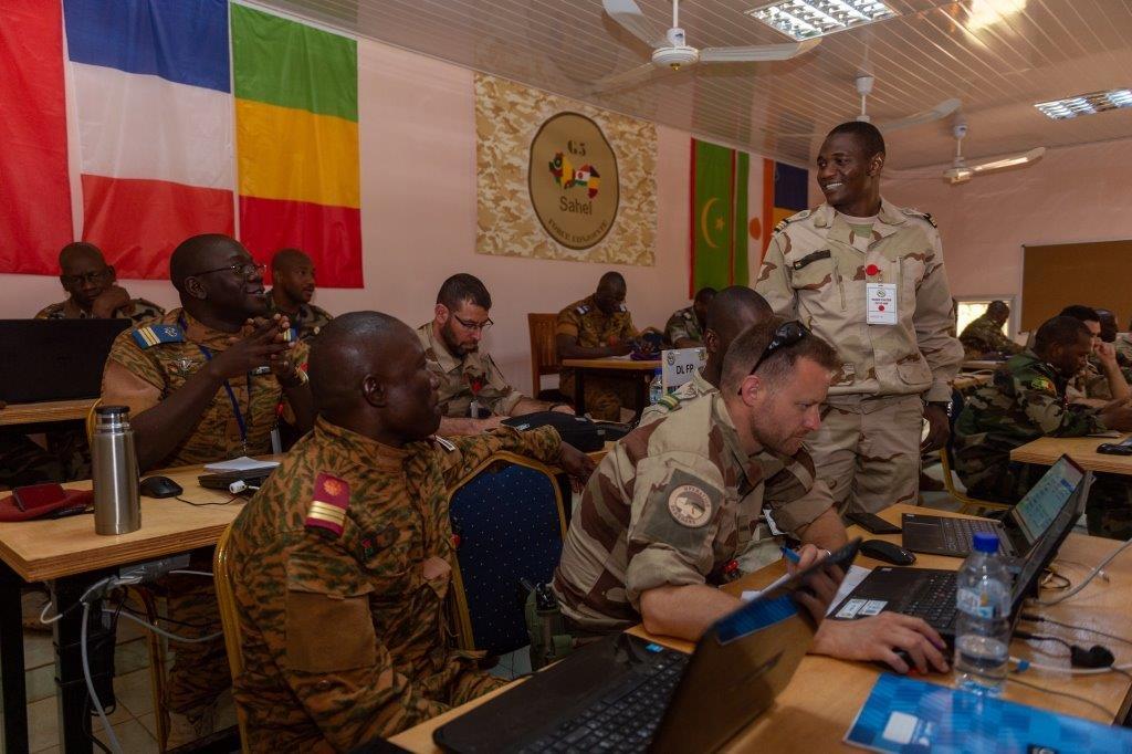 le Sahel zone de non-droit - Page 34 _12f5509