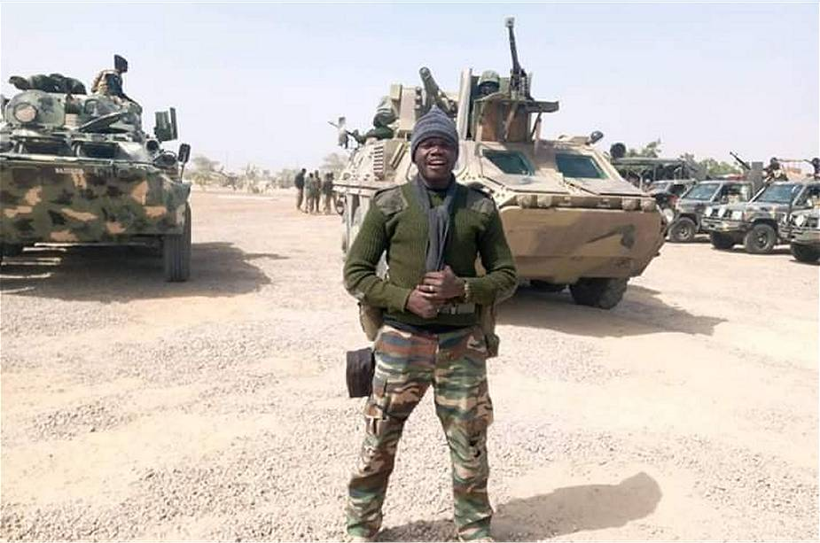 Armée Nigériane / Nigerian Armed Forces - Page 16 _12f6110