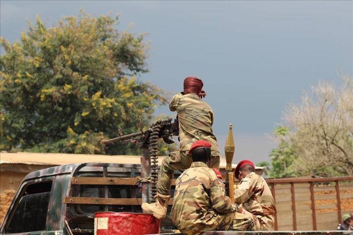 Intervention militaire en Centrafrique - Opération Sangaris - Page 5 _12f6505