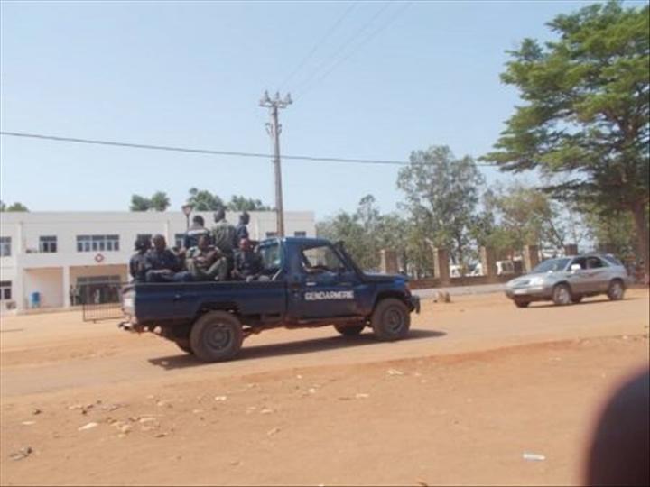 Intervention militaire en Centrafrique - Opération Sangaris - Page 4 _12f9j25