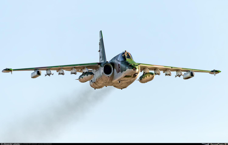 Su-25 (Frogfoot) _163