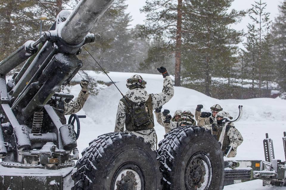 Armée Finlandaise / Finnish Defence Forces / puolustusvoimat - Page 10 _360