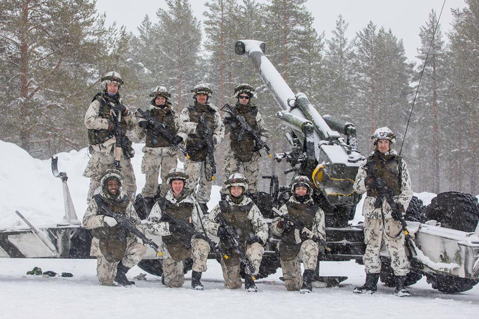 Armée Finlandaise / Finnish Defence Forces / puolustusvoimat - Page 10 _454