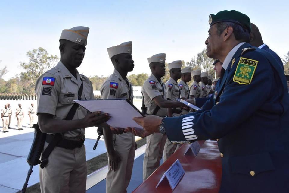 Forces armées d'Haïti (FADH) / Armed Forces of Haiti _7a34