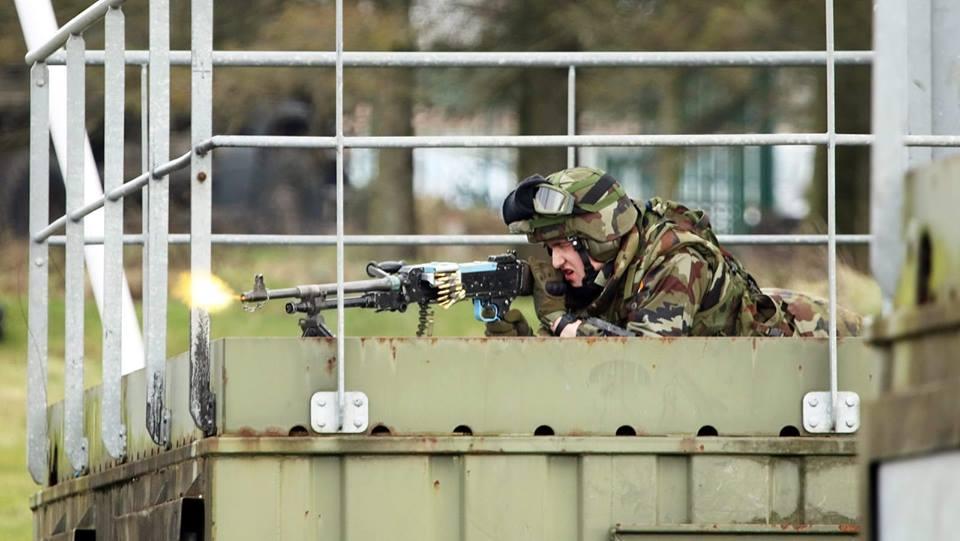 Armée Irlandaise/Irish Armed Forces - Page 3 _810