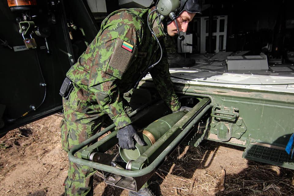 Armée lituanienne/Lithuanian Armed Forces - Page 6 _881