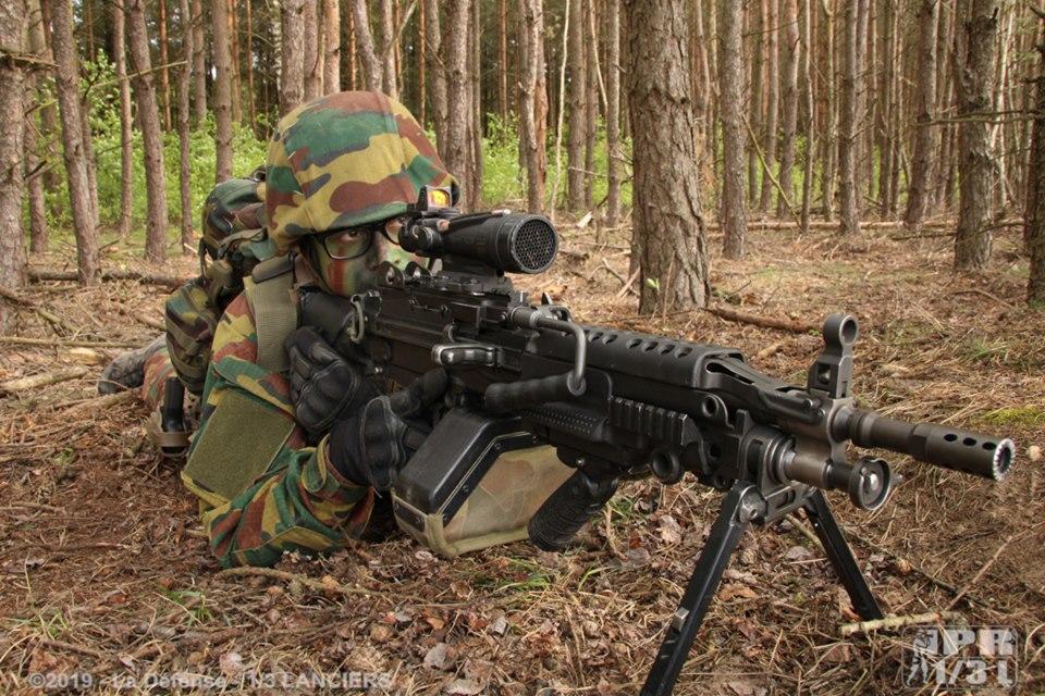 Armée Belge / Defensie van België / Belgian Army  - Page 21 _9110