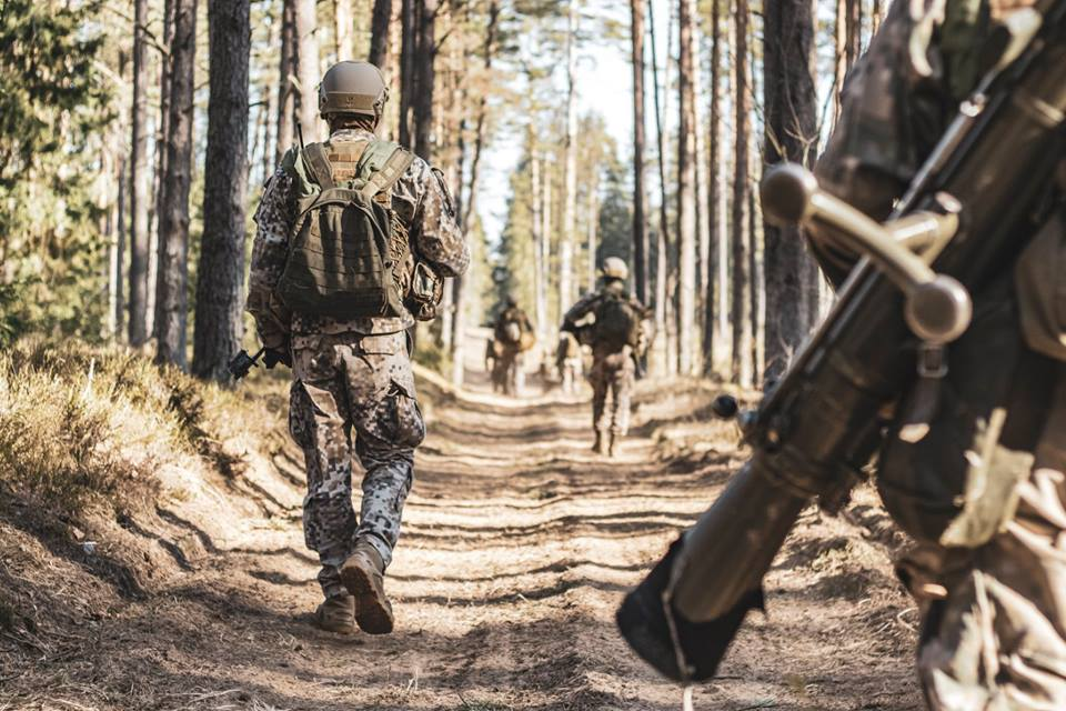 l'Armée Lettone \ Latvian Armed Forces - Page 2 _971