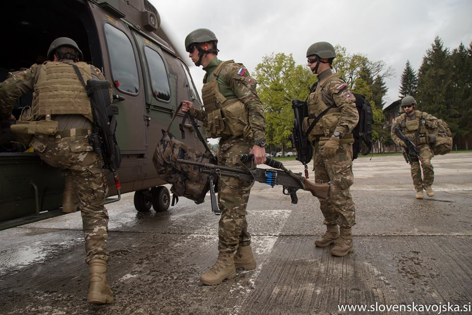 Slovenian Armed Forces / Slovenska vojska - Page 3 _997