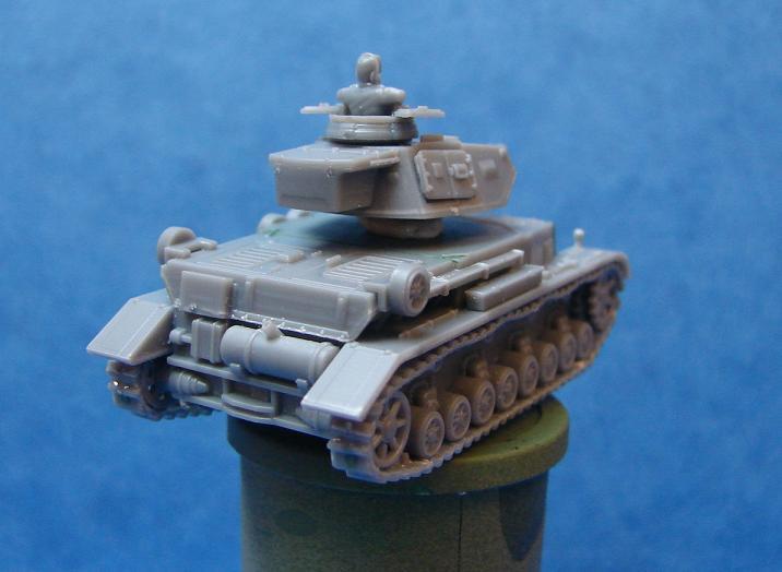 Panzer IV F1 [Plastic soldier - 15mm] Dsc00838