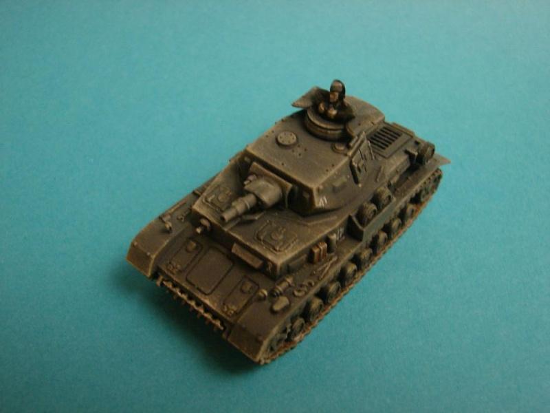 Panzer IV F1 [Plastic soldier - 15mm] Dsc00844