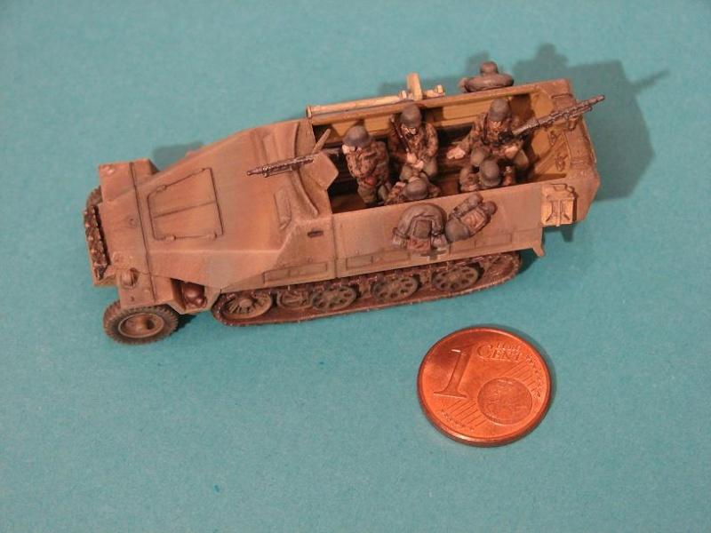 SdKfz 251/D [Plastic Soldier - 15mm] Dsc00851