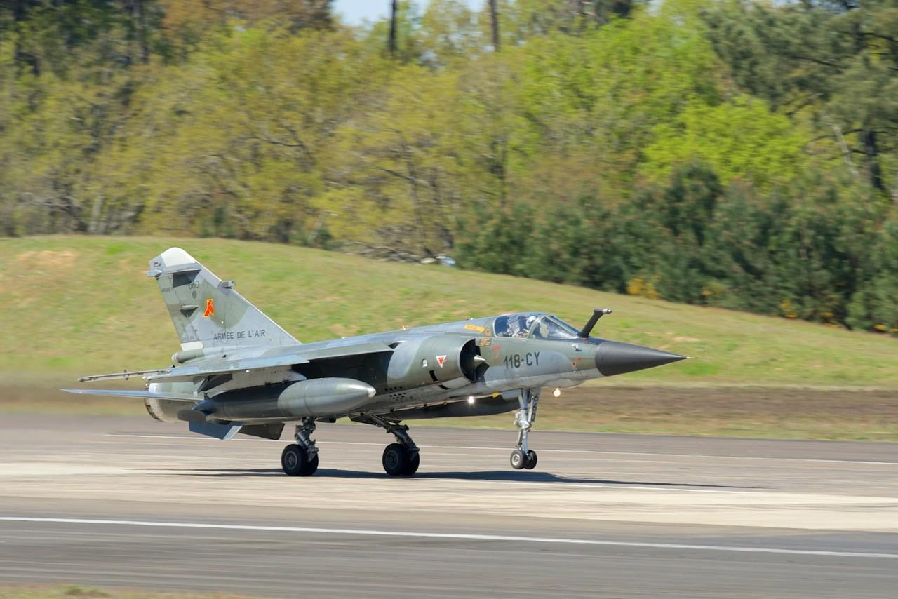DEBRIEFING RECCE MEET MONT DE MARSAN 2014 .  Mirage19