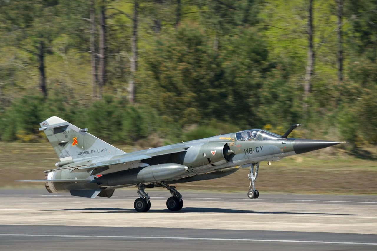 DEBRIEFING RECCE MEET MONT DE MARSAN 2014 .  Mirage20