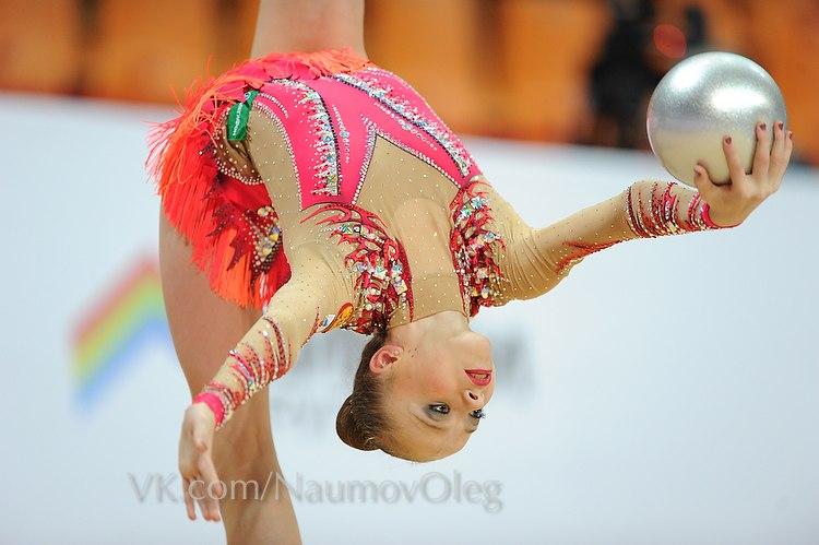 Yulia Bravikova 7fy6d110