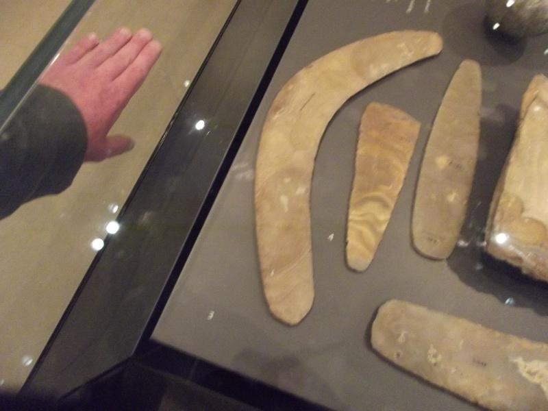 Making a boomerang. Ashmol12