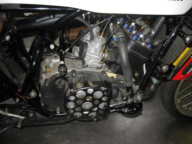 montage d'un 350 TZ, à partir d'un 350 RD Img_3110