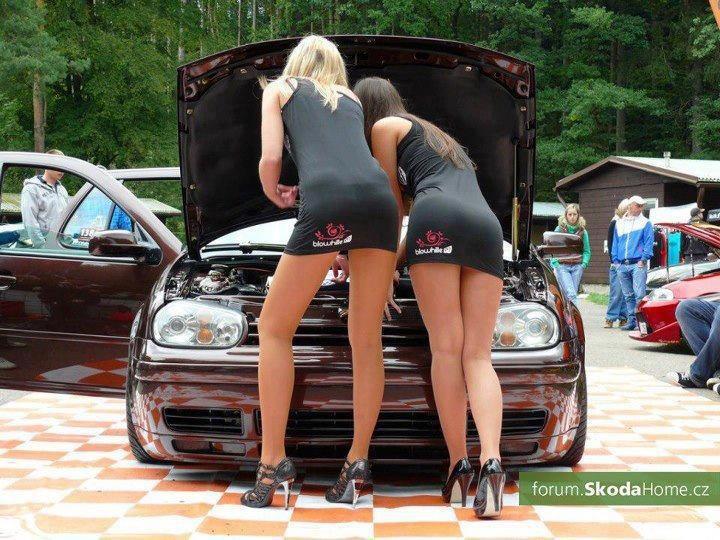 Volkswagen et ses donzelles ... - Page 36 77119410