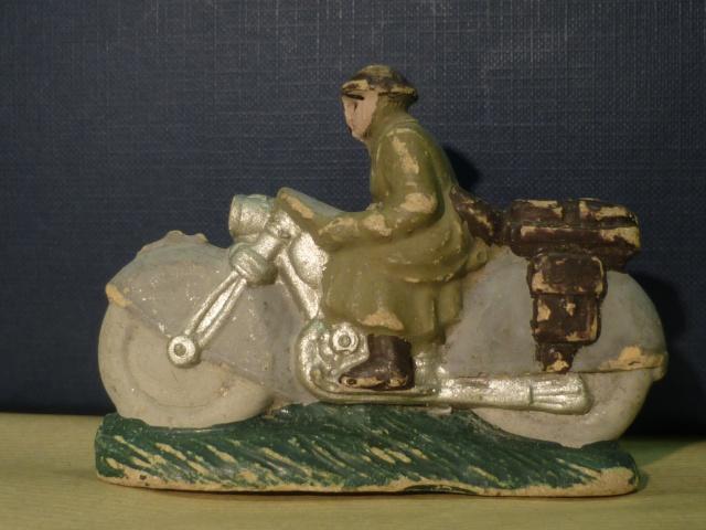 DC KAKI Casque de la libération dont Artillerie Télémètre compo P1090030