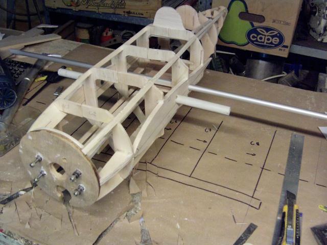 Contruction du nouveau Komet ME 163 Imag0046