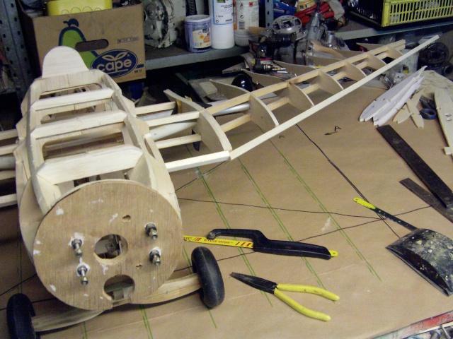 Contruction du nouveau Komet ME 163 Imag0073