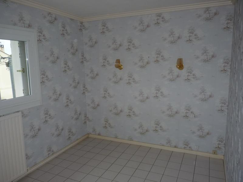 Conseil pour repeindre une chambre adulte P1060710
