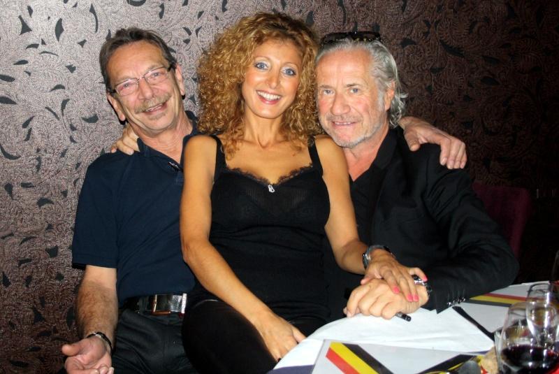 Le 1er novembre au J Connely's bar à Saint-Georges - Page 6 Nicki_10