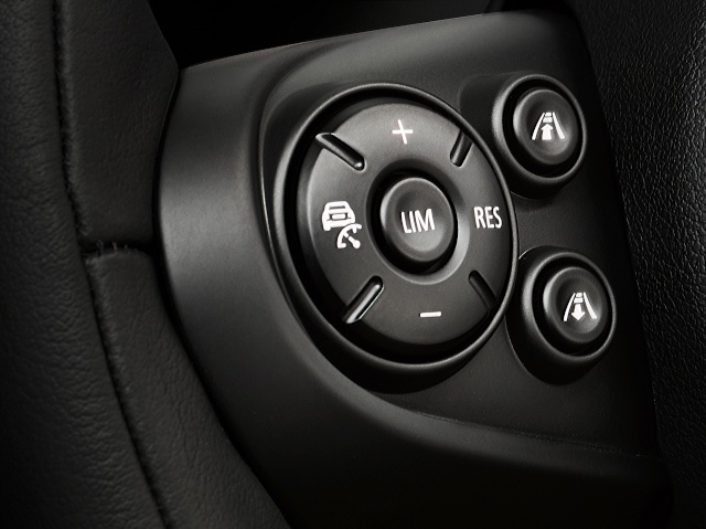 The new MINI driver assist systems P9013511