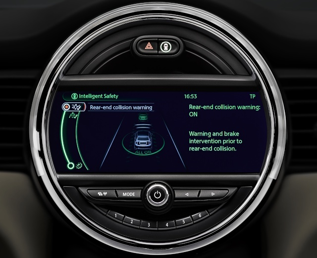 The new MINI driver assist systems P9013515