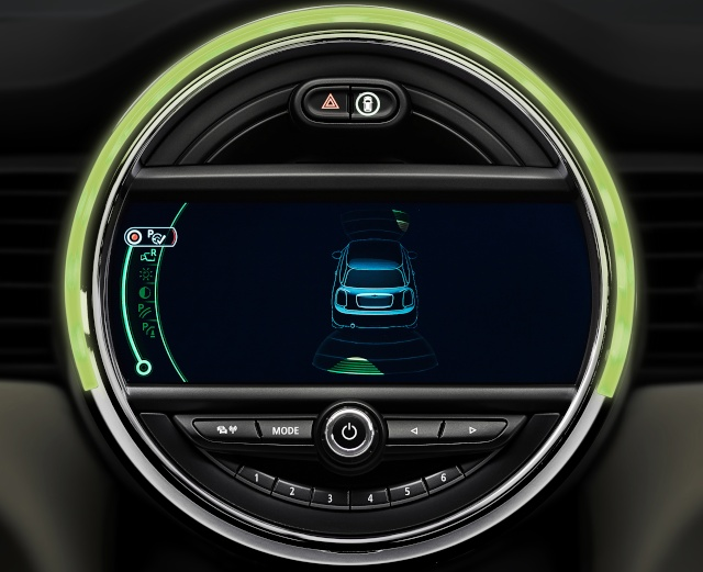 The new MINI driver assist systems P9013517