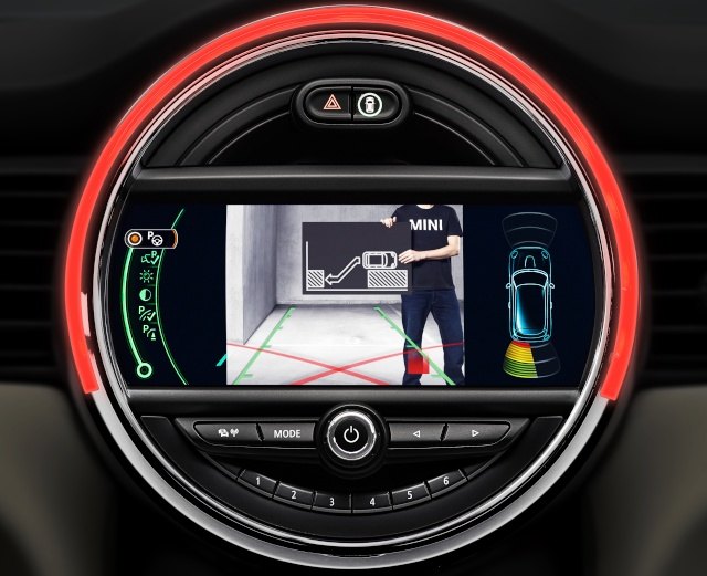 The new MINI driver assist systems P9013518