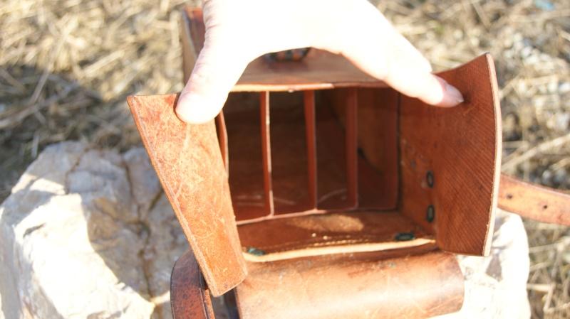 Des trucs en cuir Dsc06024