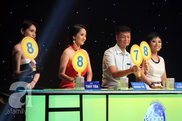 Những người nổi tiếng trong giới showbiz qua ngòi bút Lê Hoàng - Page 2 13652910
