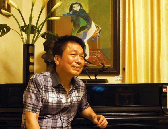 Những người nổi tiếng trong giới showbiz qua ngòi bút Lê Hoàng Images10