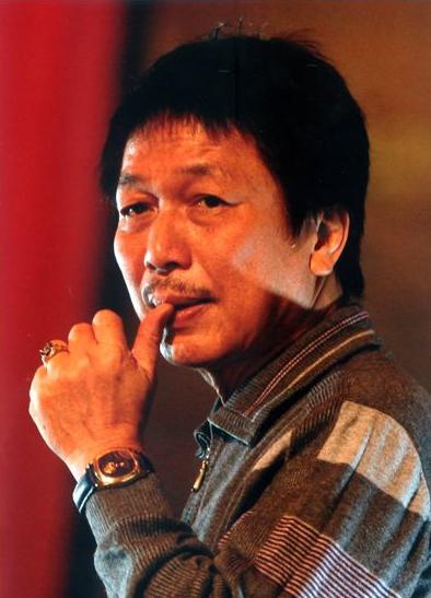 Những người nổi tiếng trong giới showbiz qua ngòi bút Lê Hoàng Images11