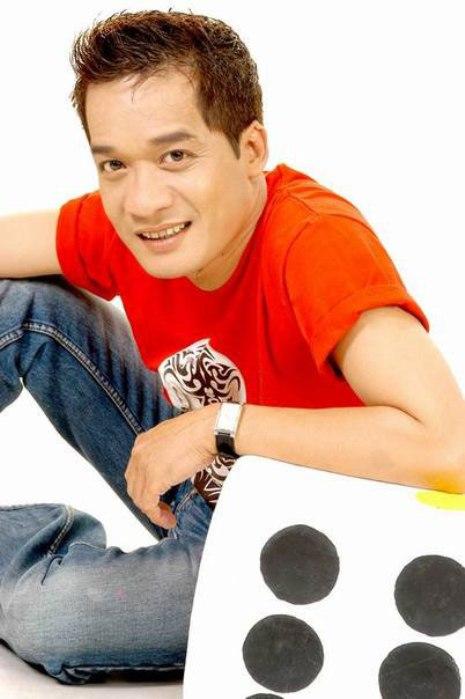 Những người nổi tiếng trong giới showbiz qua ngòi bút Lê Hoàng Minh-n11