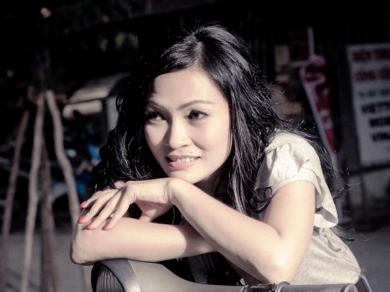 Những người nổi tiếng trong giới showbiz qua ngòi bút Lê Hoàng Phuong10